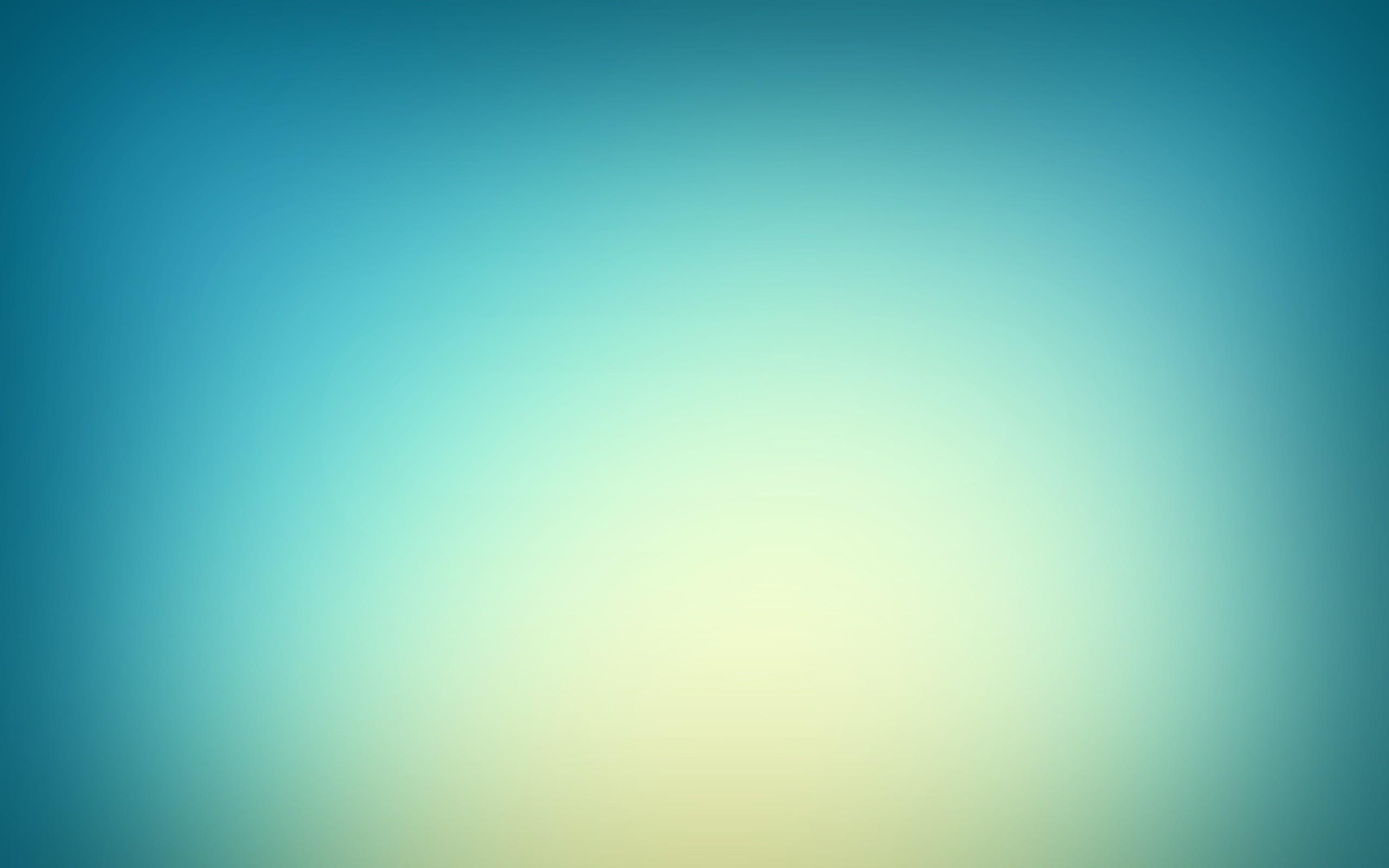 blurred_00267404